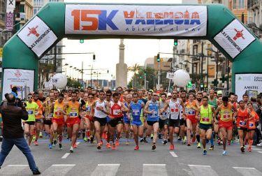 La 15K València Abierta al Mar, el primer fondo del año de la ciudad, se celebra el 18 de febrero