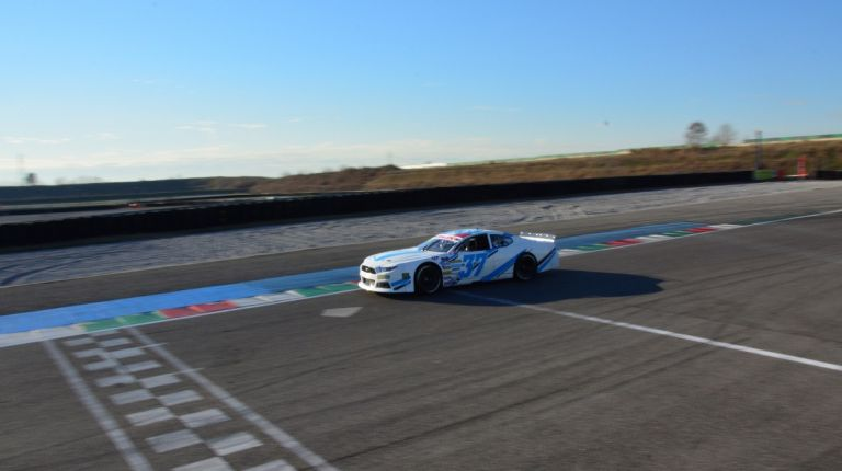 Jacques Villeneuve correrá el Valencia NASCAR Fest