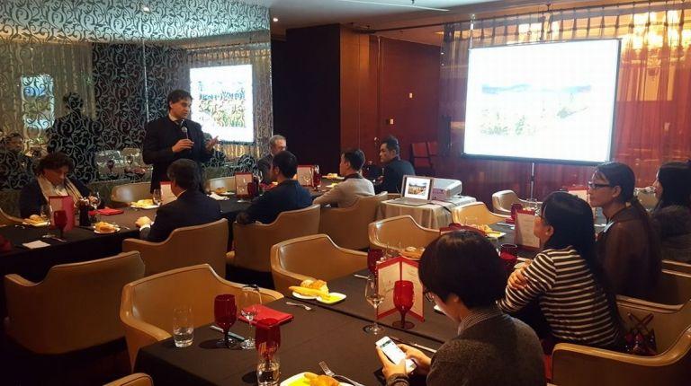 Colomer acuerda un convenio estratégico con el Gobierno de China para colaborar en materia turística